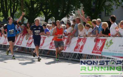 Enschede Marathon 22 april Foto's